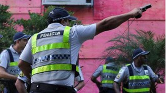 Policiais que abriram fogo contra manifestantes são identificados