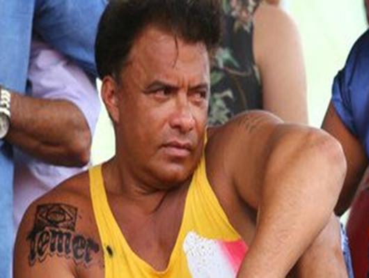Deputado admite que tatuagem é falsa e diz que estava bêbado