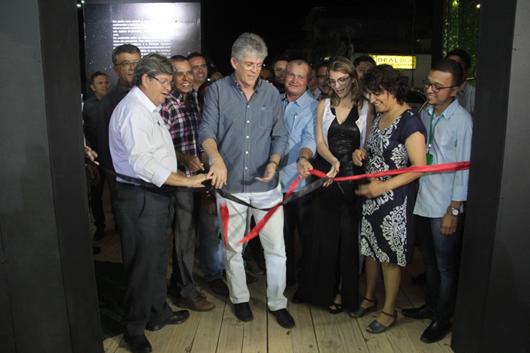 Ricardo abre Feira de Negócios e Empreendedorismo e autoriza obras no Aeródromo de Monteiro-Secom-PB
