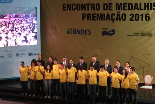estudantes_ prêmios_ Obmep 2016_Agência Brasil