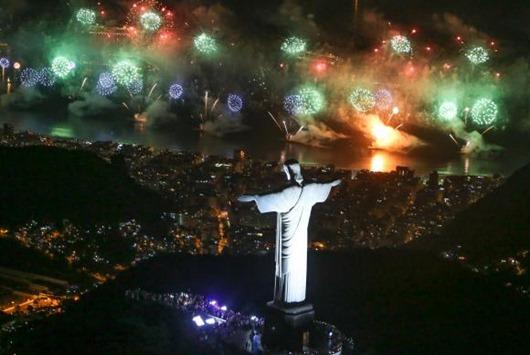 queima_de_fogos_em_copacabana_Riotur
