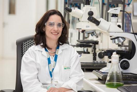 foto_gerente_de_biotecnologia_juliana_vaz_bevilaqua