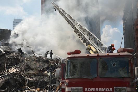 bombeiros-rescaldo_Foto de Rovena Rosa-Agência Brasil