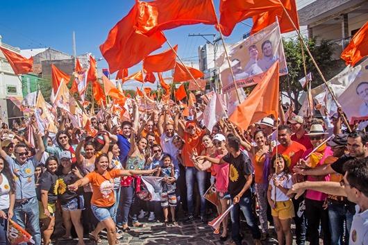Caminhada-Ricardo Pereira, Hugo Motta, Hervázio Bezerra e eleitores