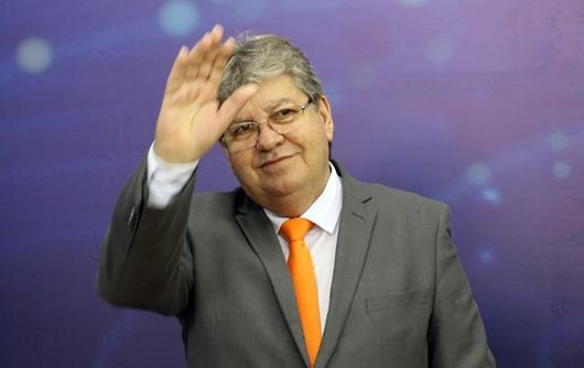 João Azevêdo_liderança_pesquisa da TV Record