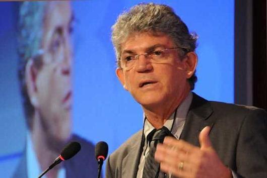 Ricardo Coutinho_debate_ex-governadores