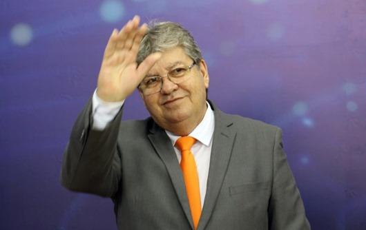 João Azevêdo_liderança folgada_Pesquisa Ibope