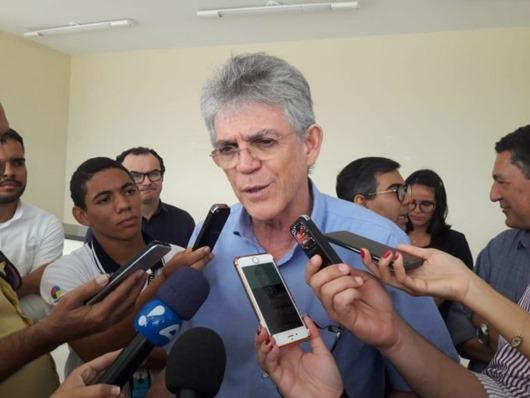 Ricardo Coutinho_crítica_omissão de candidatos sobre sucessão presidencial