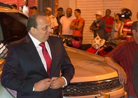 Ricardo Pereira_ação de cobrança contra ex-prefeitos
