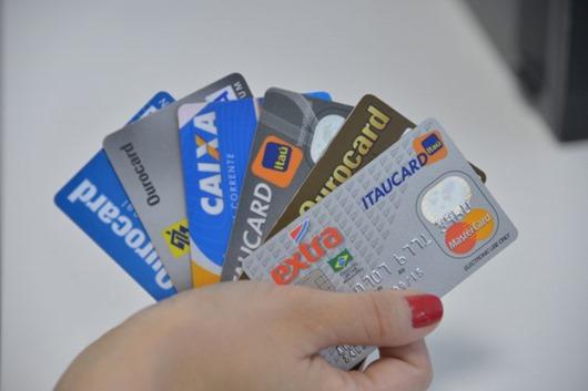 cartões de crédito-Arquivo Agência Brasil