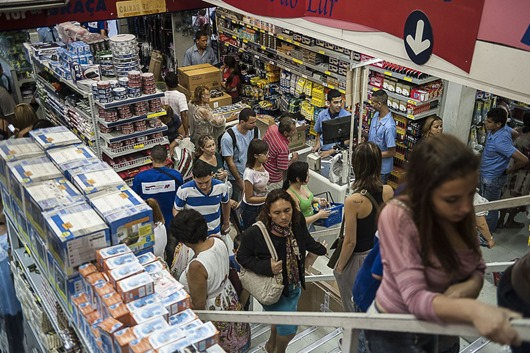 compras_no_comércio-Arquivo Agência Brasil