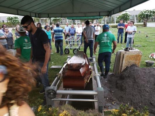 O último adeus ao velho guerrilheiro Paulo Mariano_texto de Tião Lucena