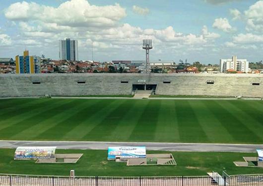estádio Amigão_gramado padrão Fifa