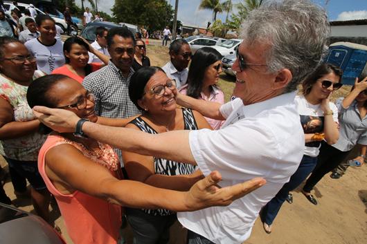 Ricardo Coutinho_entrega de pavimentação de 32 ruas em João Pessoa