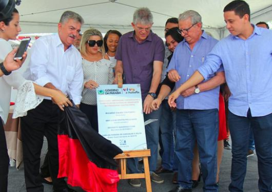 Ricardo inaugura duplicação do acesso ao Aeroporto Castro Pinto e autoriza iluminação da avenida