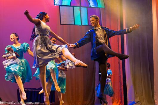 Escola de Dança do Teatro Santa Roza