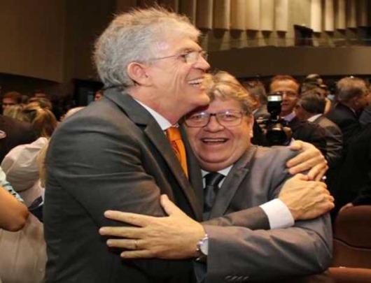 Ricardo & João