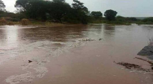 Chove em várias regiões da PB e água chega no espelho do açude de Boqueirão