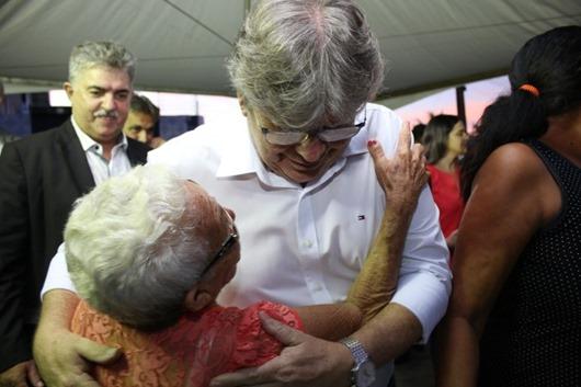 João Azevêdo inaugura UPS Colinas do Sul