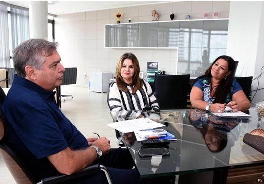 Primeira-dama discute parcerias para a 30ª edição do Salão de Artesanato em Campina Grande