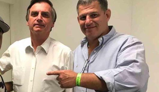 Bolsonaro avisa a Bebianno que ele está demitido