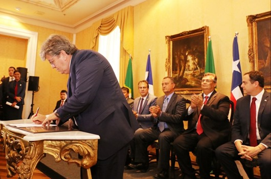 João Azevêdo assina protocolo de criação do Consórcio Nordeste em Encontro dos Governadores