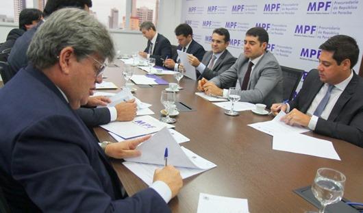 Ministérios Públicos referenda legalidade dos modelos das Organizações Sociais e assina TAC com o Governo do Estado