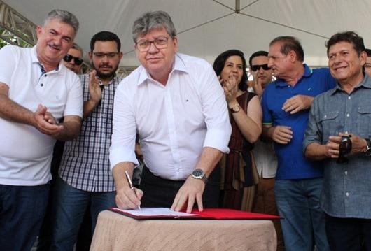 João Azevêdo autoriza investimento de R$ 1,9 milhão para adutora e recuperação de urbanização em Belém