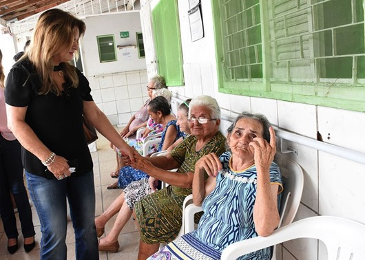 Primeira-dama visita Instituição Espírita Nosso Lar