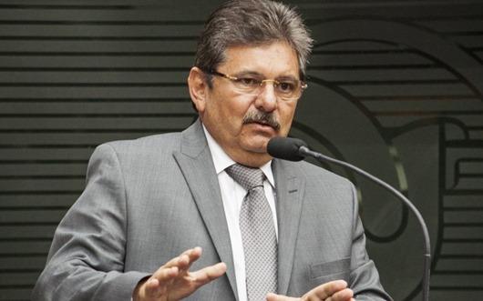 Presidente da AL também faz críticas às declarações de Bolsonaro contra a Paraíba e o Nordeste