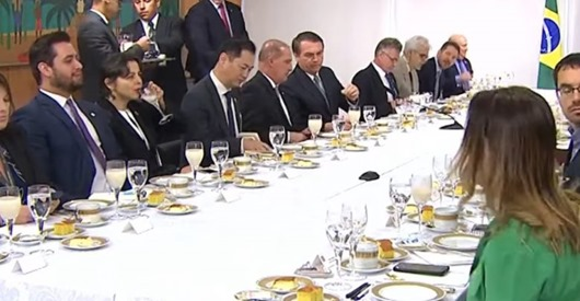 bolsonaro_ataques a João Azevêdo