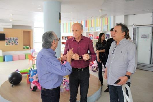 Geraldo Medeiros_visita_Napoleão Laureano