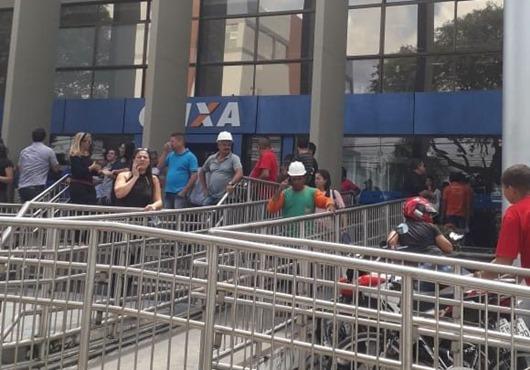 protesto_construção civil-CEF-JP