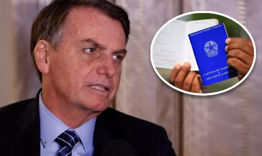 Bolsonaro assina lei que cria imposto sobre férias, 13º e horas extras-Foto-PR