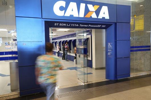 Brasília - Agências da Caixa Econômica Federal do Distrito Federal e entorno estão abertas de 9h às 15h para atendimento exclusivo sobre contas inativas do FGTS neste sábado (18) (Fabio Rodrigues Pozzebom/Agência Brasil)