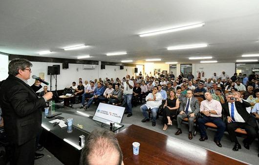 João Azevêdo_investimentos