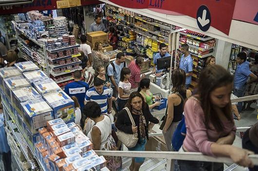 compras_no_comércio-Agência Brasil-EBC