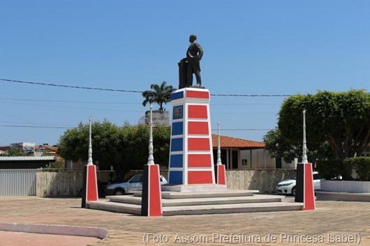 reforma da Praça Epitácio-Prefeitura de Princesa Isabel