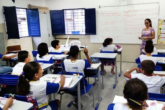 sala de aula_Agência Brasil