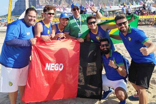 Dupla da Paraíba_campeã mundial de escolar de vôlei de praia na Itália
