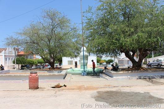 restauração_Praça Nominando Diniz-Prefeitura de Princesa Isabel