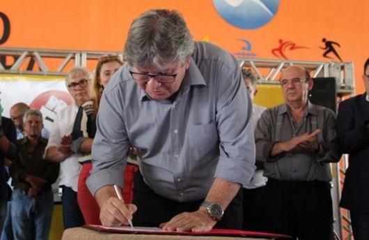 João Azevêdo_assinatura
