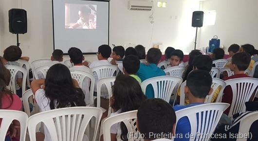 sessão de cinema-Prefeitura de Princesa Isabel