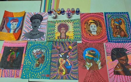 Mulheres Fazendo Artes