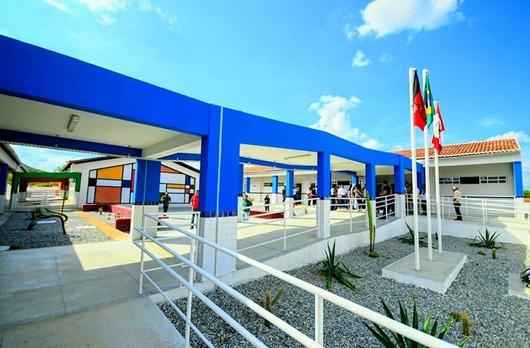 Escola Cidadã Integral Maria de Lourdes Meira-São José do Bonfim
