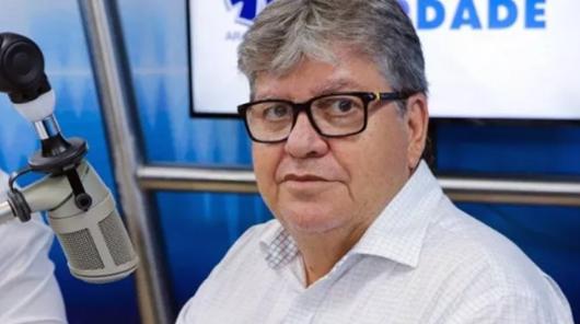 João Azevêdo_entrevista_Arapuan