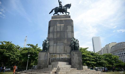 estatua_deodoro_da_fonseca