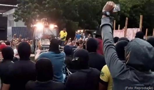 policiais amotinados no Ceará