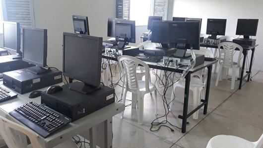 Colônia Agrícola Penal de Sousa_ laboratório de informática