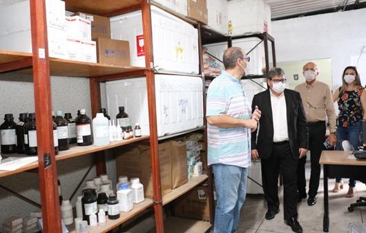 João Azevêdo anuncia que exames para diagnóstico do coronavírus passam a ser feitos na Paraíba